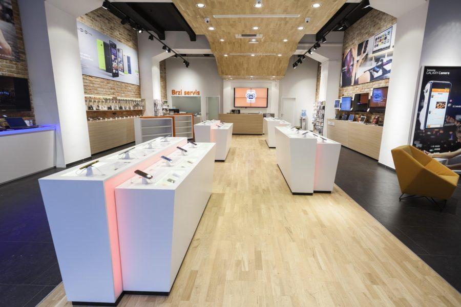 Brigada brokula store concept - Mobile shop interior design ideas ...